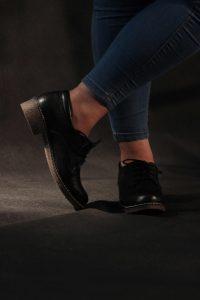 مزایای کفش چرم