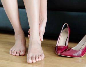 آیا کفش چرم جا باز می کند