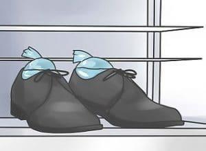 عایا کفش چرم جا باز می کند